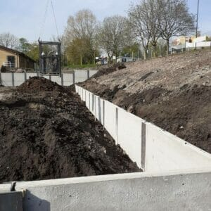 KIng Post Wall Construction